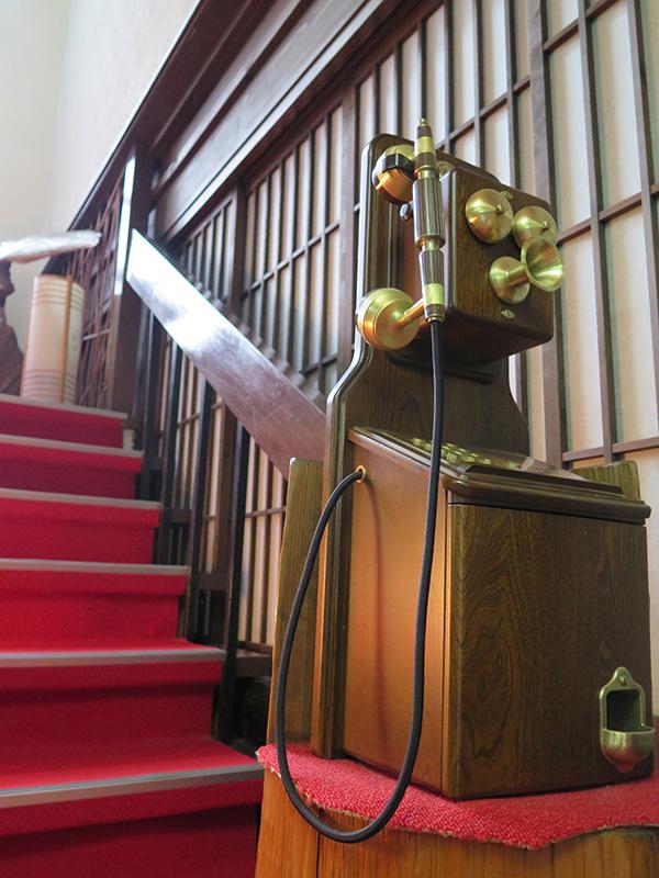 バリアフリー階段付近